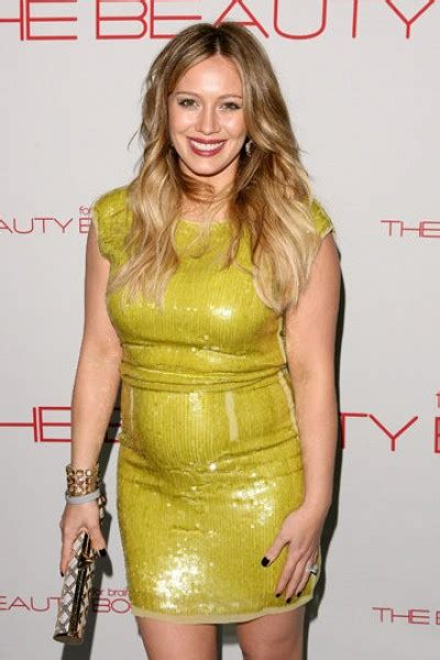Someone Wanted To Kill Hilary Duff by Style The Maternity Fashion