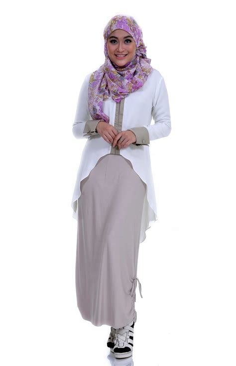 15 Pakaian Muslim Wanita Terbaik Sepanjang Masa