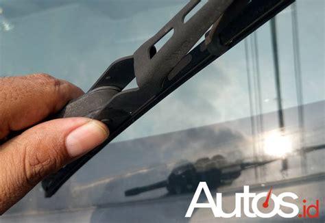 Karet Wiper Tips Mengganti Karet Wiper Mobil Biar Tetap Nyaman Saat