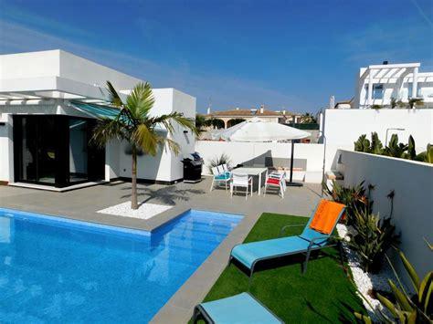 vacances sans suppl駑ents chambre individuelle brand 4 chambre individuelle villa avec piscine dans