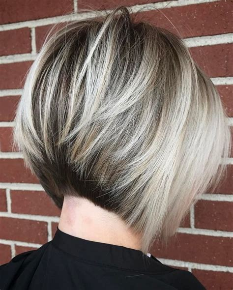 is there an angled layer lookfor short to medium hair 804 best i love bob haircuts images on pinterest