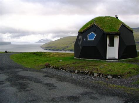 igloo house the kvivik igloo the most bizarre houses in the world