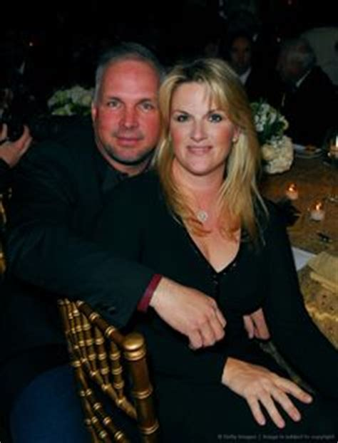 Atlanta Honors Luda And Trisha by Garth Trisha Yearwood Celebrate Anniversary At
