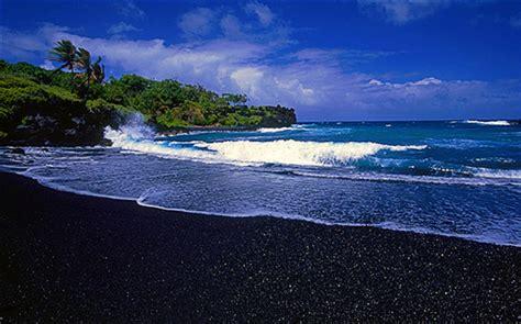black sand beaches hawaii uho 187 187 black sandy beach in hawaii