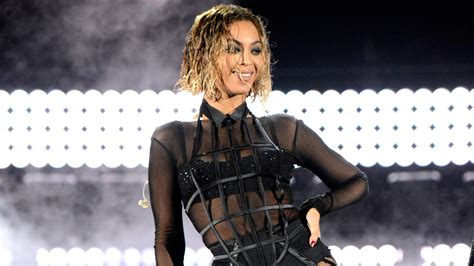 track hair that looks like wet and wavy hair rock the wet hair look just like beyonc 233