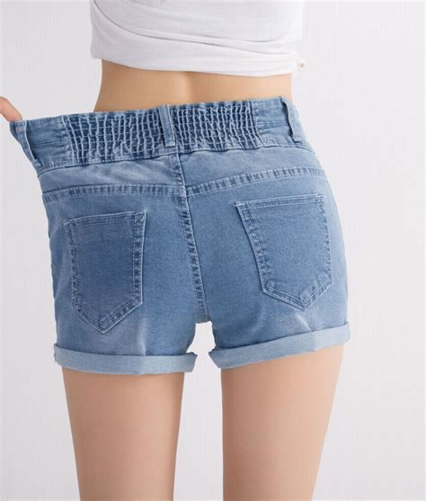 Elastic Waist denim shorts with elastic waist the else