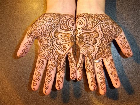 indian wedding henna tattoos meaning best 25 henna butterfly ideas on hena designs