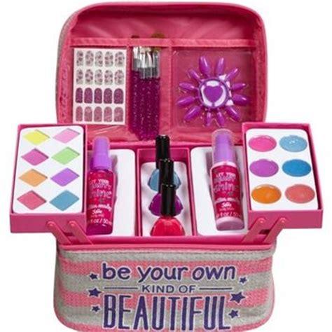 Makeup Kit Shop 55 beautiful blockbuster makeup kit from justice