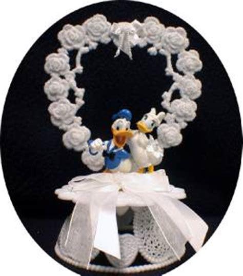 donald duck wedding cake topper donald duck disney lot wedding cake topper knife