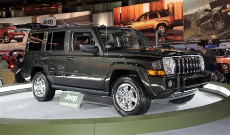 chrysler jeep canada ignition switch defect hits chrysler jeeps investigated