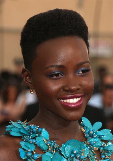 flat top hair stylefor black women lupita nyong o short black flat top haircut for women