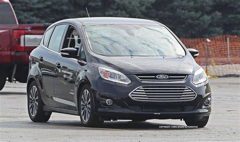 c lights 2017 ford freshens c max for 2017