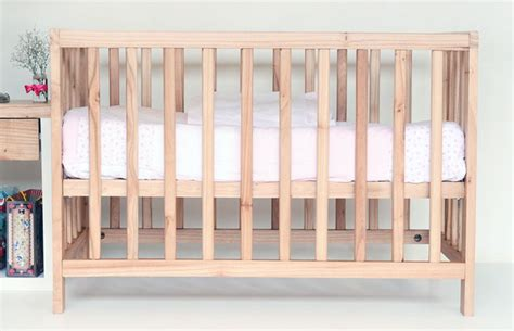 Choosing A Crib Mattress Things To Consider When Choosing A Bed For A Child A Reviews