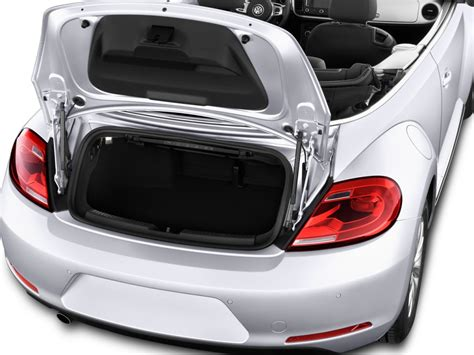 volkswagen beetle convertible trunk 2013 volkswagen beetle convertible vw pictures photos
