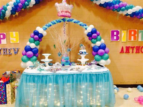 Frozen Table by Frozen Disney Diy Cake Table Frozen Disney