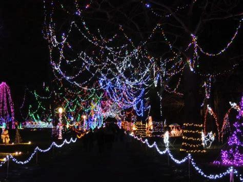 best christmas light displays in ohio the best christmas light displays in the state of ohio for