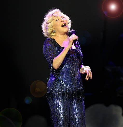 Concert Review Bette Midler Soars In Atlanta Return