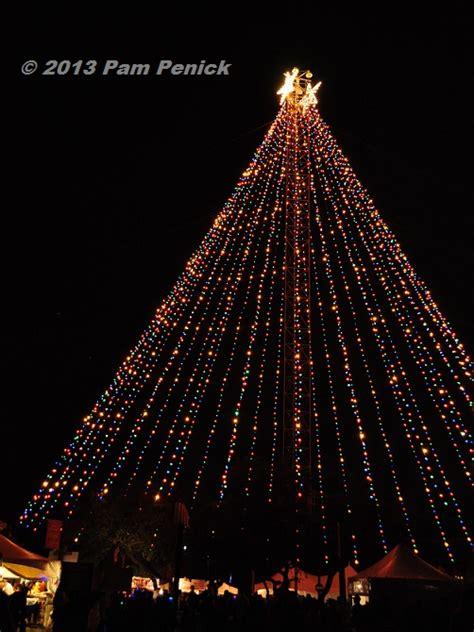 zilker tree lighting 2017 zilker park christmas tree lighting 2017