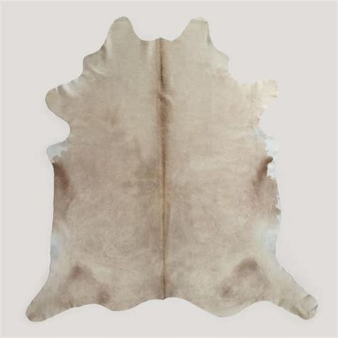 Cowhide Rug Decor by Best 25 Cowhide Rug Kitchen Ideas On Dining