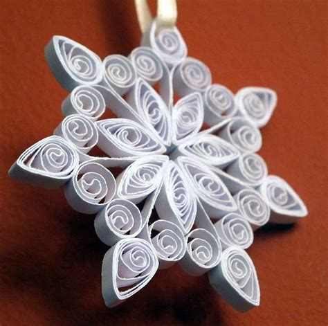 snowflake patterns quilling quilled snowflake 2 join me at www quillingcafe com