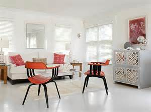Kendra Is Painting Dining Room White And Living Room Blue 20 Painted Floors With Modern Style