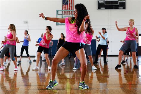 google images zumba need to mix up your workout 6 reasons to give zumba a try