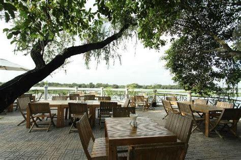 boat house quan 2 the boathouse restaurant h 244 chi minh ville restaurant