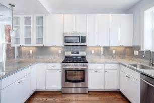 White Kitchen Backsplash Ideas by 19 Kitchen Backsplash White Cabinets Ideas You Should See