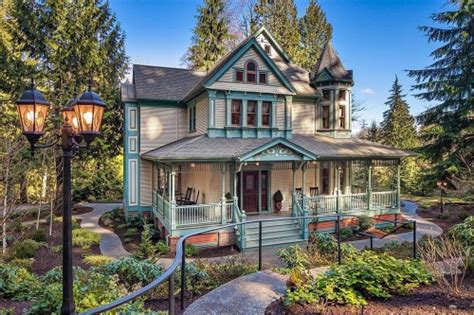 vintage homes of the northwest books like gingerbread houses a may be the home for