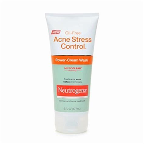 Acnes Facewash wash for mild acne