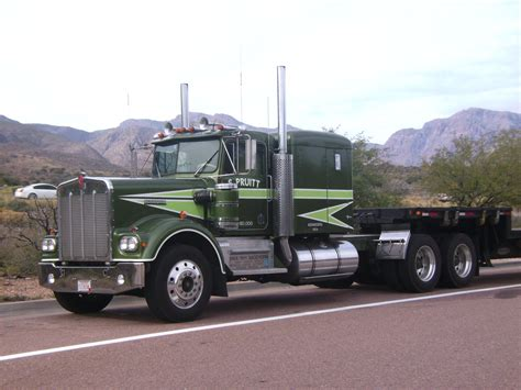 truck tv tractor from tv movin on kenworth trucks