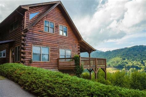 Maggie Valley Cabins For Sale by 190 Appalachian Trail Maggie Valley Nc 28751 For Sale