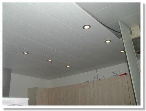 faux plafond salle de bain placo solutions pour la