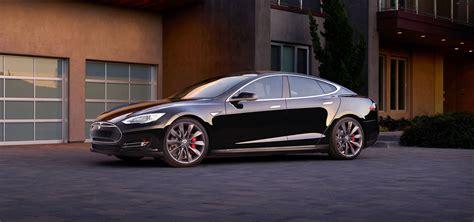 Z Tesla Tesla Prezentuje Model 4x4 Z Oznaczeniem D Oraz Tryb