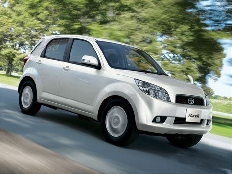 Toyota Seven Seater Suv New 7 Seater Toyota Suv Launched Catalog Cars