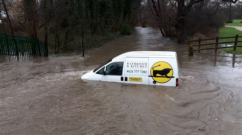 heavy rain causes flooding in the midlands central itv