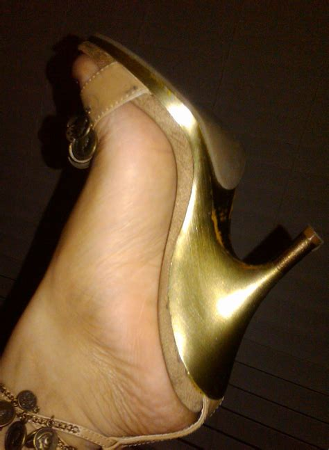 Bedroom Slippers Women file my shoes jpg wikimedia commons