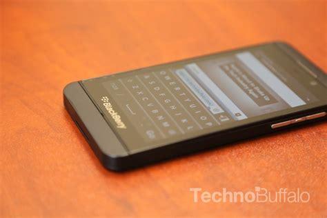 Kamera Blackberry Bb Z10 Z 10 Z 10 Depan Front Ori blackberry z10 review enough to take on android and ios technobuffalo