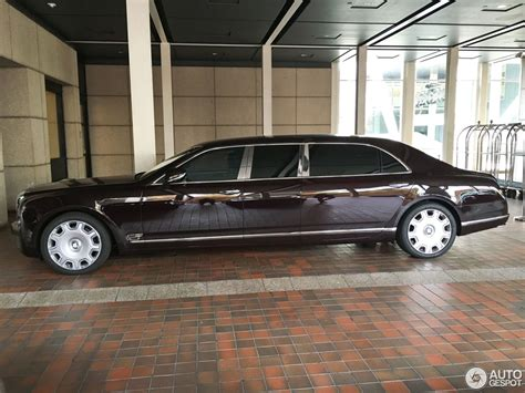 bentley limo bentley mulsanne grand limousine 17 august 2016 autogespot