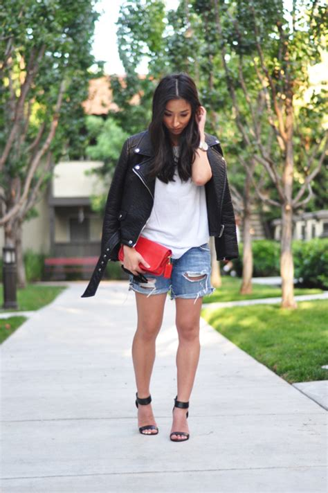how to dress up a file i can see your dress psychology of lululemon how fashion