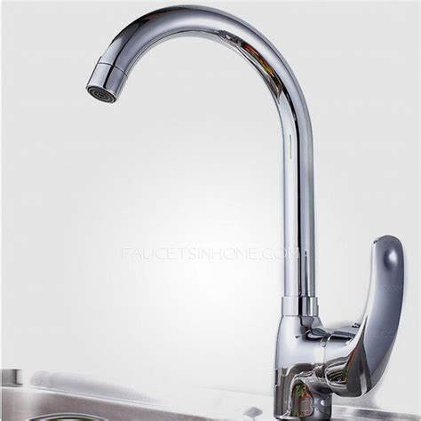 high end rotatable kitchen faucet with pullout spray gun