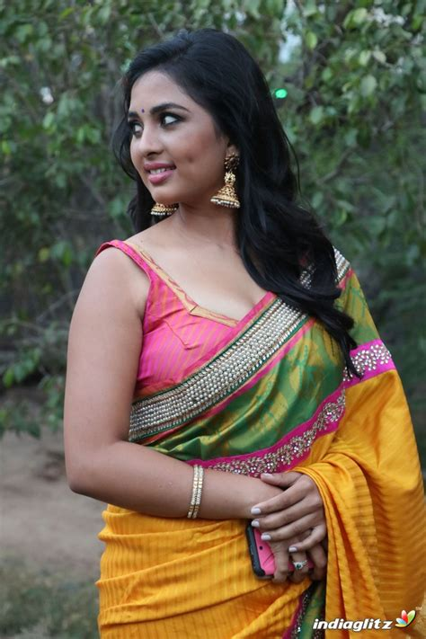 actress gallery india glitz srushti dange tamil actress gallery indiaglitz tamil