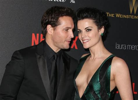 jaimie alexander and fianc 233 peter facinelli attend golden