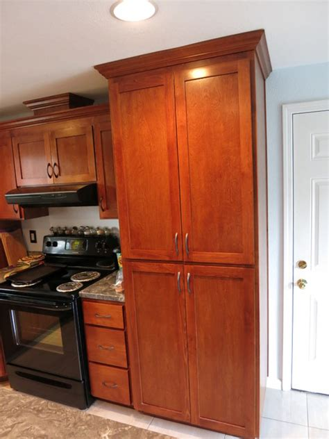 Birch Cabinet Stain Colors by Alder Birch Cabinets Cherry Mohagony Stain