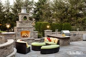 techo bloc fireplace techo bloc fireplace outdoor kitchen outdoor lighting