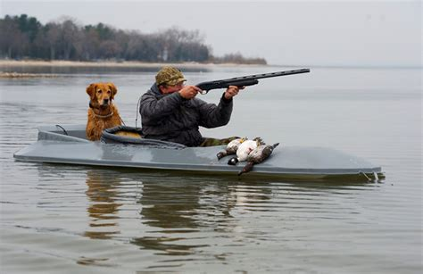 hunting from layout boat duck hunt trips in wisconsin