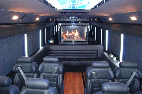 Executive Limo by Executive Limo Wine Tour Package 20 Passenger 5 Hr