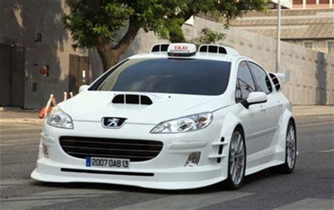 Rsw Taxi Mba by 主人公の車 Taxi 漫画 アニメ ドラマ 映画などで出てくる印象的なアイテムとか乗り物など Naver まとめ