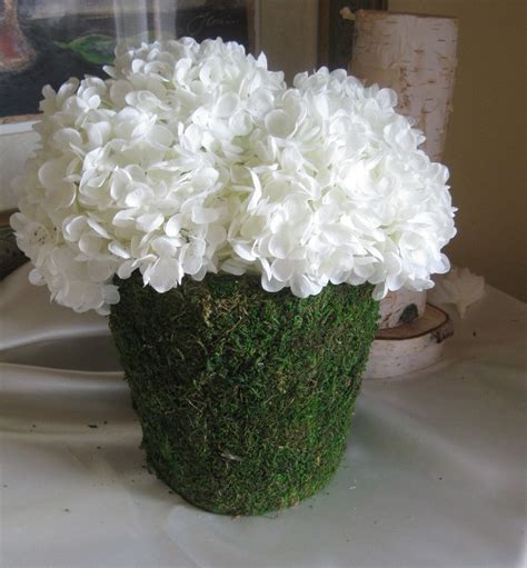 Best 25  Hydrangea wedding centerpieces ideas on Pinterest