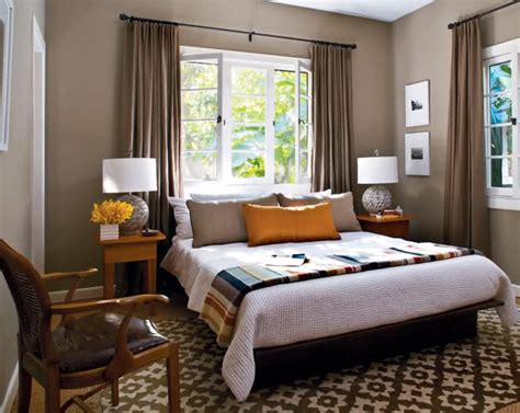 Placing The Bed In Front Of A Window A Decorating Faux Pas